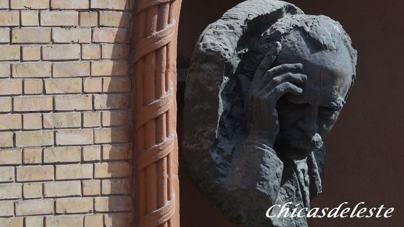Estatua de Kiev